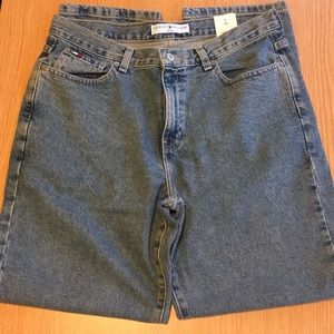 NWT Tommy Hilfiger classic fit jeans